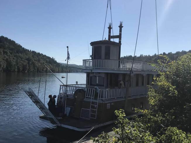 Boat lifting / Outaouais
