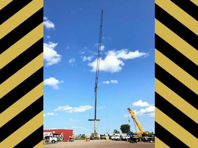 Grue de 500 tonnes en action / Outaouais